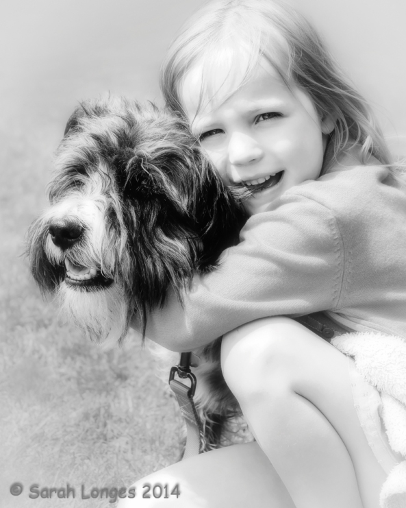 Monochrome Madness: Best Friends