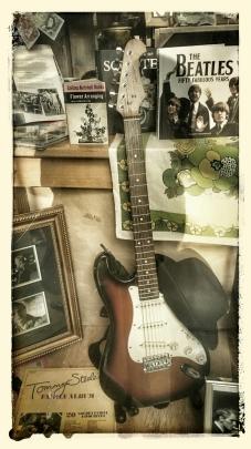 Guitar and Vinatge Music